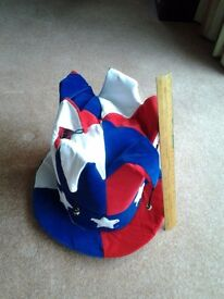 Excellent 'jester' style hat of the Stars and Stripes. Very well made and ready to party!