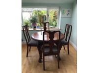 Victorian expanding dining room table and 4 chairs