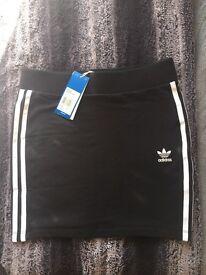 Black Adidas skirt, never worn, size UK 8