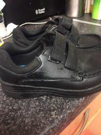 Boys shoes school shoes Clark's size 10.5 F