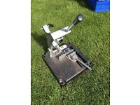 Angle grinder chop stand with integral vice £10