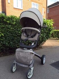 Stokke Xplory V3 pushchair – Beige – with adapters for Maxi-Cosi car seat