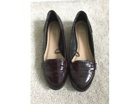 Women's Patent maroon brogue shoes size 6