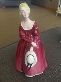 Crown gwent figurine