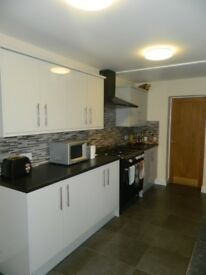 **BILLS INCLUSIVE** Rooms available in recently refurbished house in Cathays