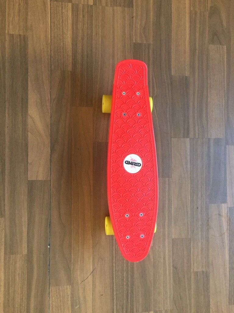 GRIND RETRO MINI SKATEBOARD