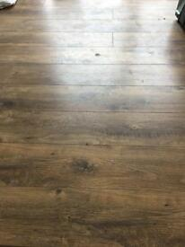 Oak effect laminate flooring 7sqm