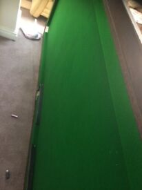 Free snooker table