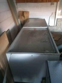 Jumbo freezer