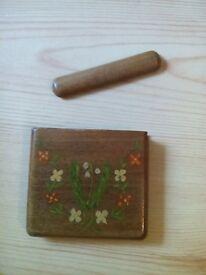 Jersey 1946 wooden cigerette case