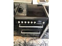 Hotpoint ceramic cooker black colour double oven for sale