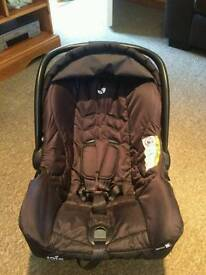 Jole car seat with easy release base