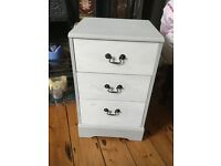 Small cupboard /bedside cabinet 3 drawer shabby chic - Paris Grey Annie Sloan