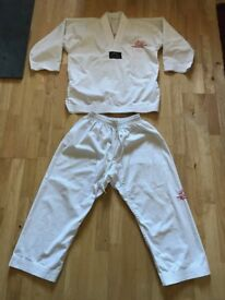 Kids Taekwondo ( TAGB ) Suit Size 2 ( 150cm.)