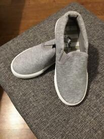 *BRAND NEW* Boys sand shoe slip on type shoes in grey size 12