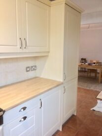 **complete kitchen units and cabinet**