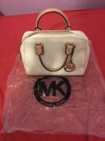 Michael Kors MK White Signature Handbag