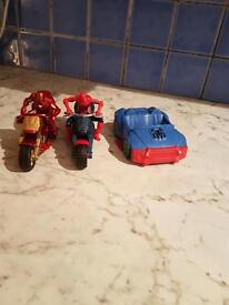 Spiderman & Iron Man figurines with motor bikes