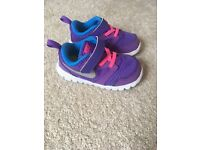 Nike infant girls trainers size 6.5