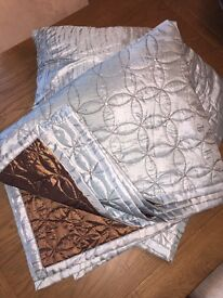 Reversible Throw with Matching Cushions