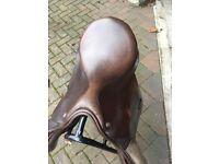 """17.5"""" MW Excelle saddle £370 Ono"""