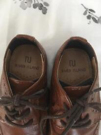 Size 8 boys river island shoes