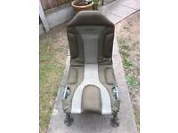 Trakker Leverlite chair