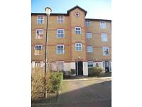 2 Bedroom Flat Mitcham/Colliers Wood Borders