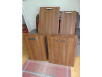 Wood Effect High Gloss Kitchen Doors & Draw Fronts, Excellent Condition with Handles.
