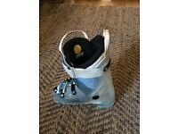 Ladies Atomic Hawx Ski Boots