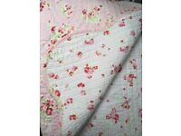 Beautiful floral cotton quilted bed throw 6ft X 7'2