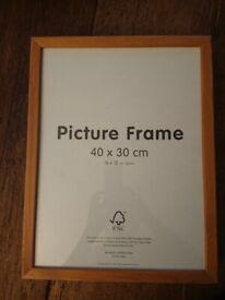 3x wooden picture frames ,30x40cm