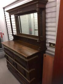 LARGE VINTAGE DRESSING TABLE. Free delivery!!!