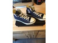 New Navy Converse size 2