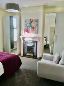 REDUCED DOUBLE ROOMS - STUNNING HOUSE SHARE - 5 LAMPS / DUFFIELD RD