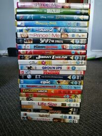 CLASSIC JOHN WAYNE FILMS - (4) VHS TAPES - FOR SALE | in