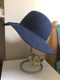 Aldo Navy Blue Felt Hat, one size