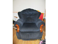 2 armchair free to collect
