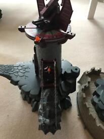 Playmobile castle / dungeon and shield
