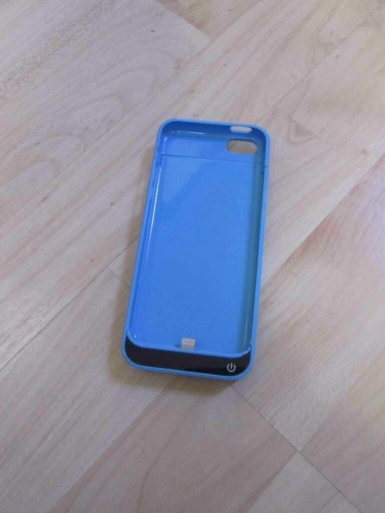 iphone 5/5c battery boost casein Polmont, FalkirkGumtree - iphone 5/5c battery boost case great condition bargain hardly used iphone 5/5c battery boost case iphone 5/5c battery boost case