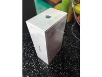 Brand new iPhone 7 Plus -256gb -1 year apple warranty