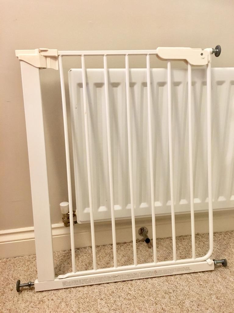 Baby Dan Premier Pressure Fit Child Safety Gate In