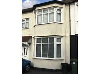 IMMACULATE 3 BED TERRACE HOUSE 3 MINS WALK TO GANTS HILL STATION, ILFORD, ESSEX IG2