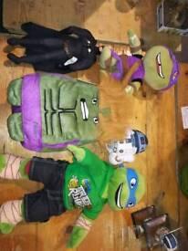 Bundle of various plush teddies