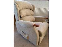 HSL HSL Linton Petite Dual Motor rise and recline chair.