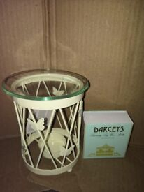 Oil/ wax burner with melts