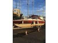 Boat sport cruiser Maxum