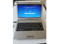 Samsung Q330 Windows 10 Laptop i3 Dual core 320GB HDD HDMI & DVD