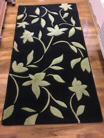 Black and lime rug