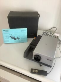 Rollei P 35 A slide projector and slide holders